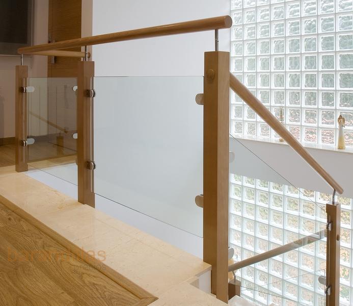 Cristal vi10 barandillas - Escaleras de cristal y madera ...